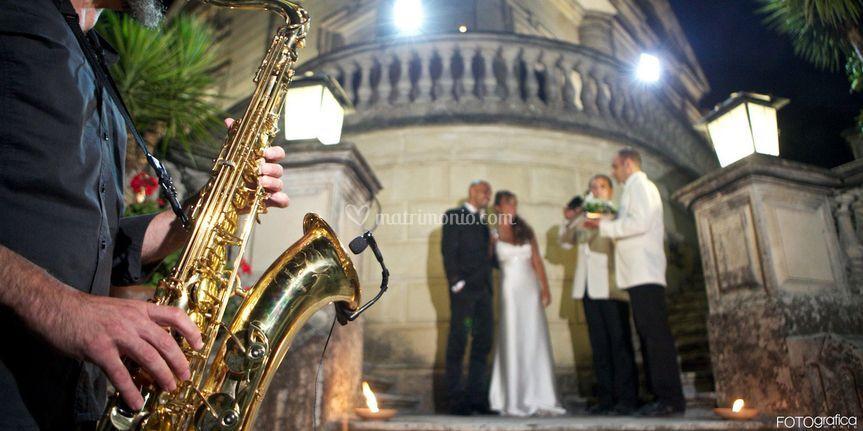 Accoglienza sposi sax