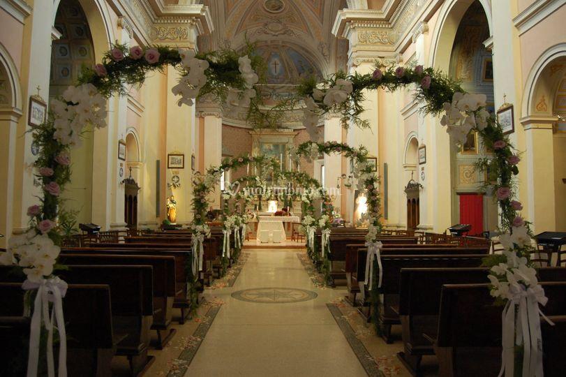 Chiesa con archi di Neve in Fiore