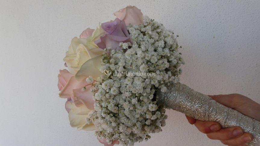 Bouquet con rose pastello