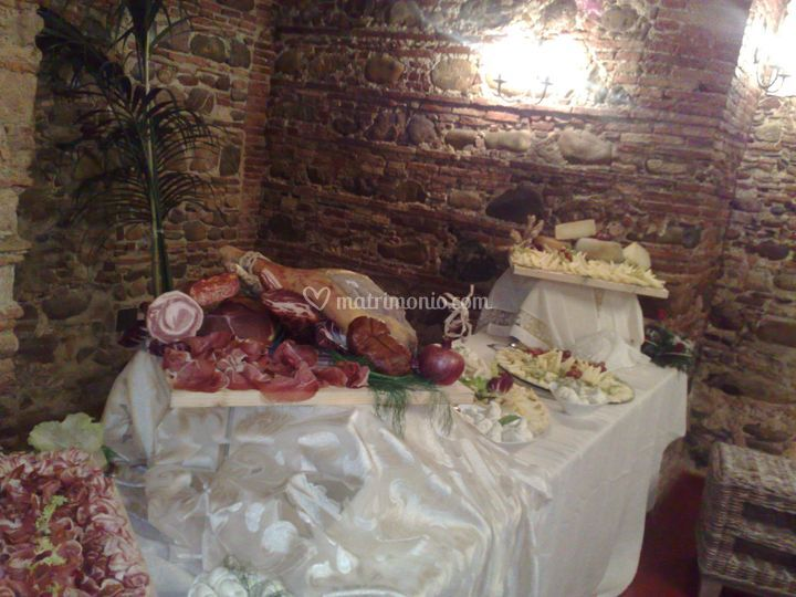 Allestimento buffet villa Labonia Rossano