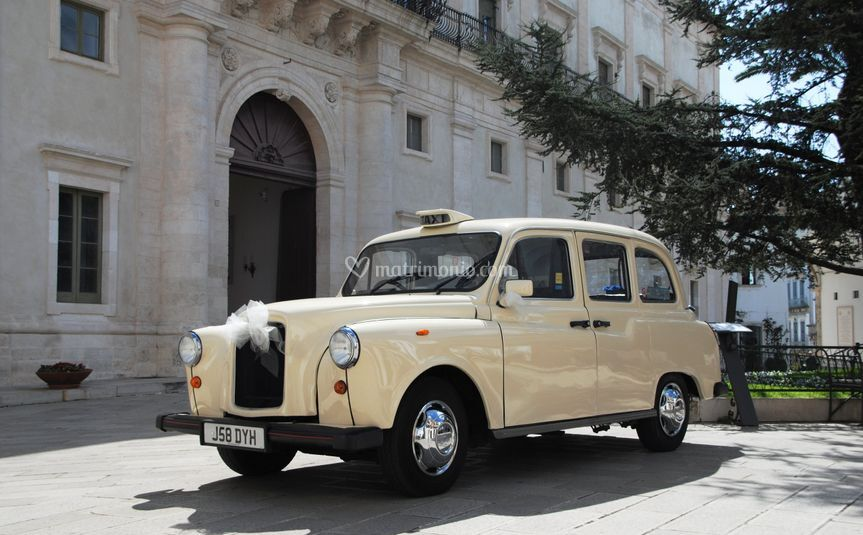 Taxi londra avorio- bruni cars