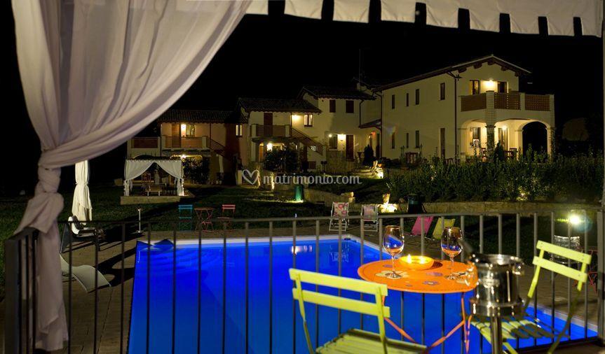 Borgo le Capanelle notturna