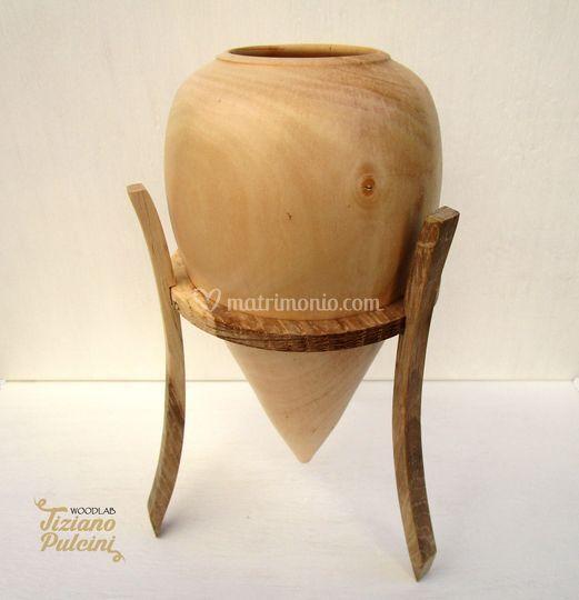Anfora in legno di Biancospino