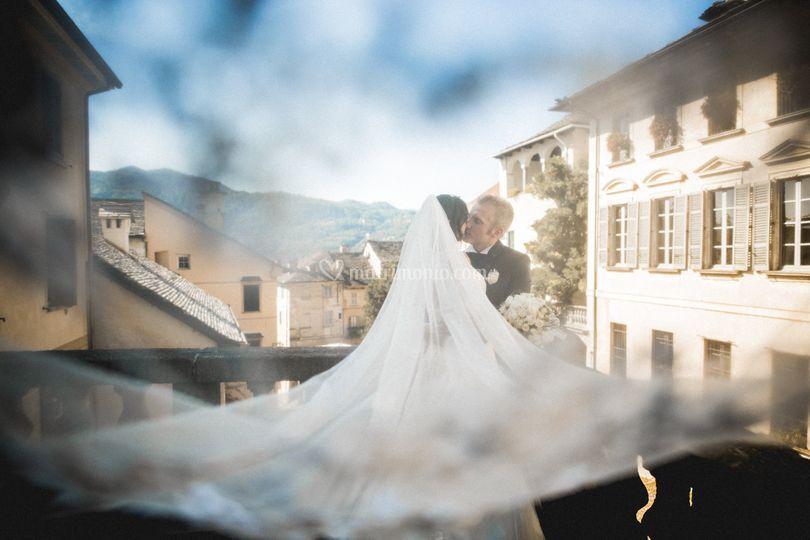 Under Bride veil