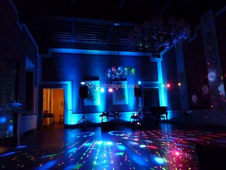 DJ & Lights