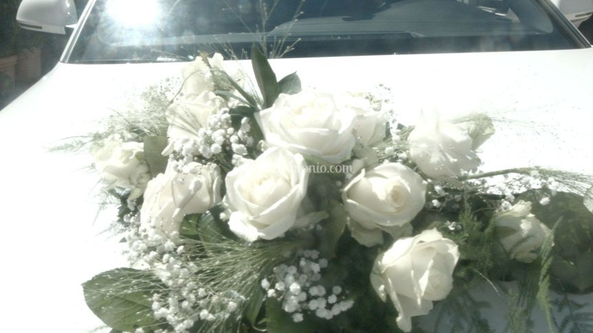 Bouquet macchina sposa