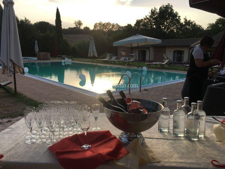 Aperitivo classico piscina