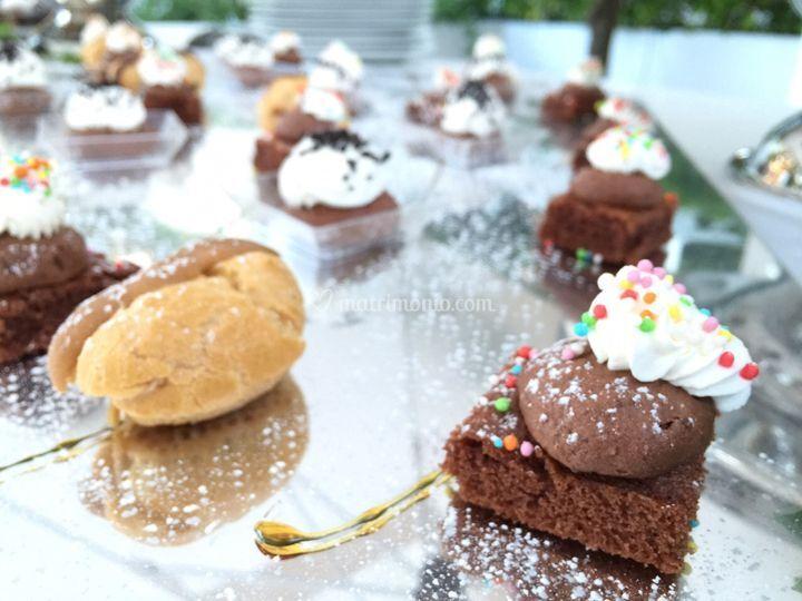 Preparazioni finger di dolci