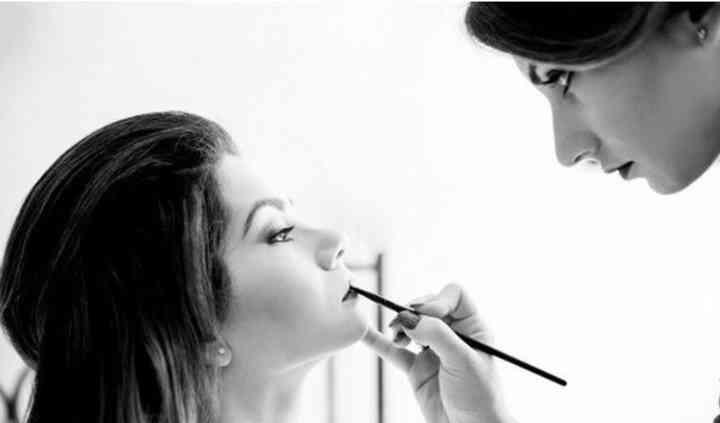 Emanuela make-up artist