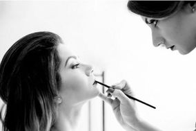 Emanuela make-up artist