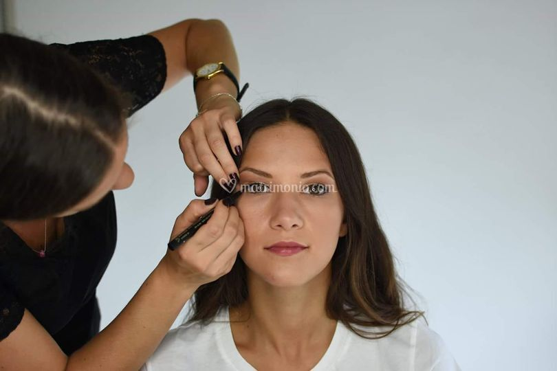 Preparativi:make-up naturale