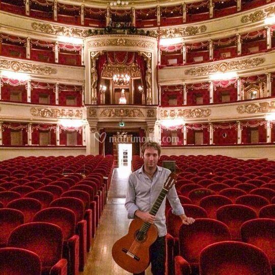 Daniele Mazzoni - guitar