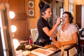 Kitty Nails & Make-up
