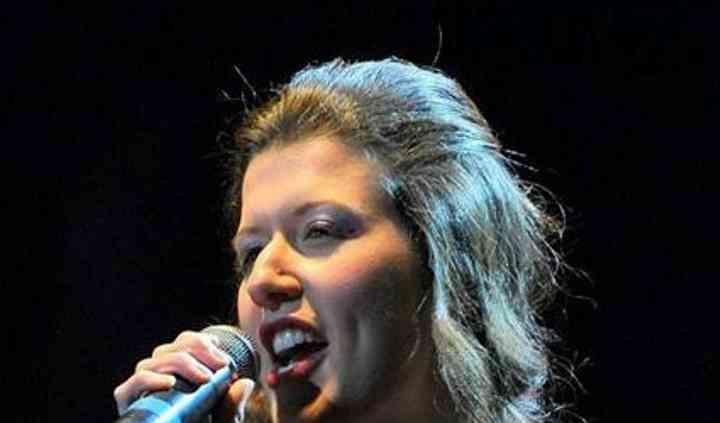 Monia Grassa cantante