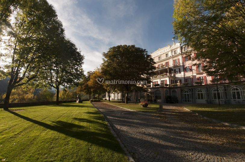 https://cdn0.matrimonio.com/emp/fotos/9/9/9/1/grand-hotel-bagni-nuovi_2_109991.jpg