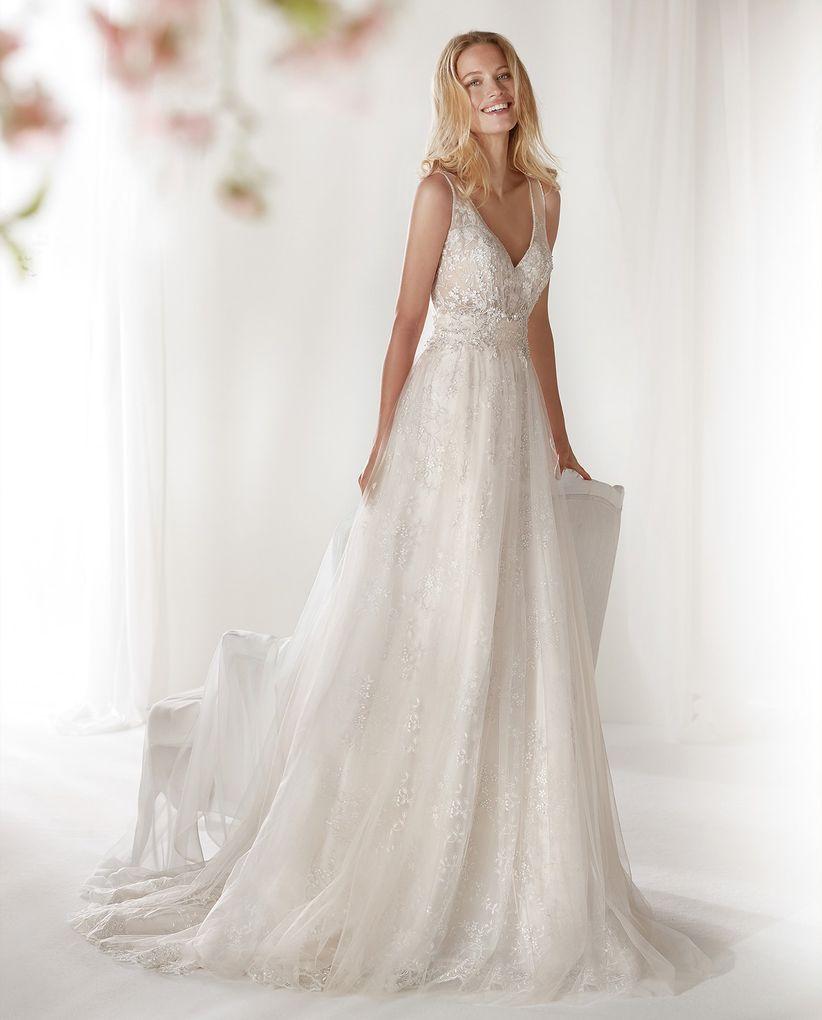 Abiti da sposa semplici  i 50 modelli più belli 29b16a0517c
