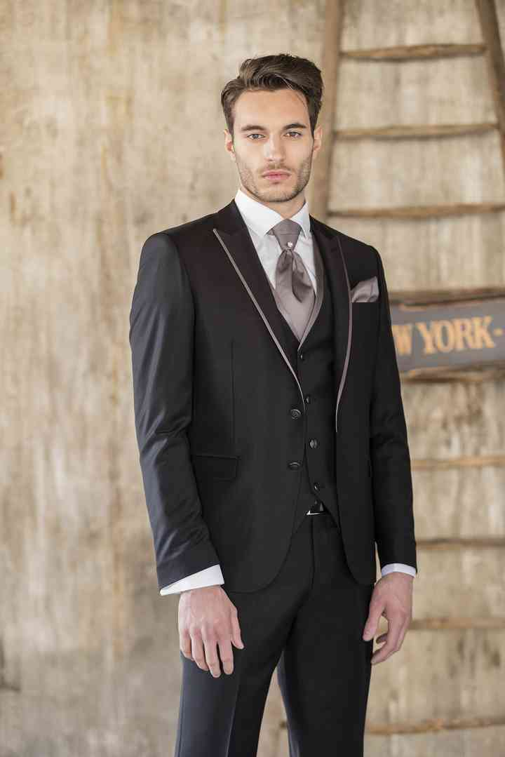 hot sale online 5d7fc 4f68c Abiti da sposo Musani: un eccellente progetto stilistico ...