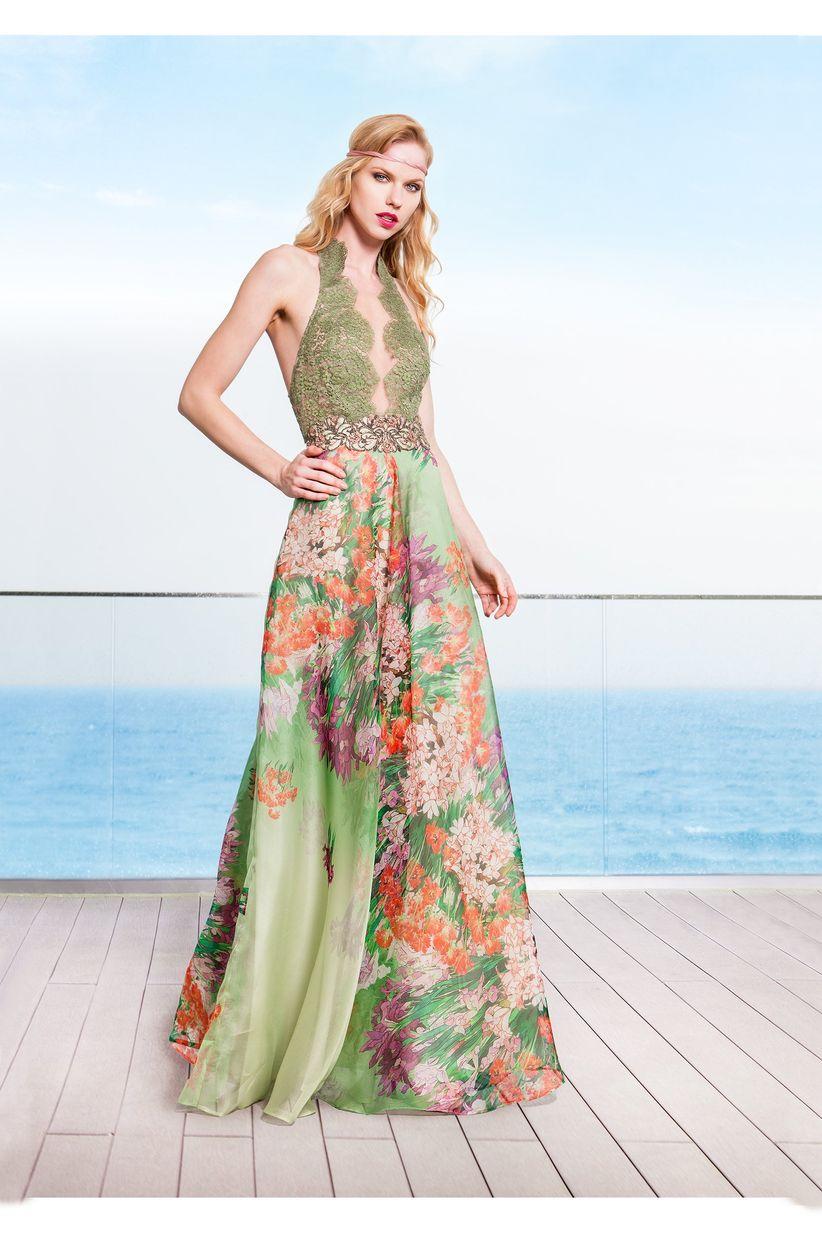 f74d956befcf Abiti da cerimonia eleganti  100 modelli per un look sfavillante