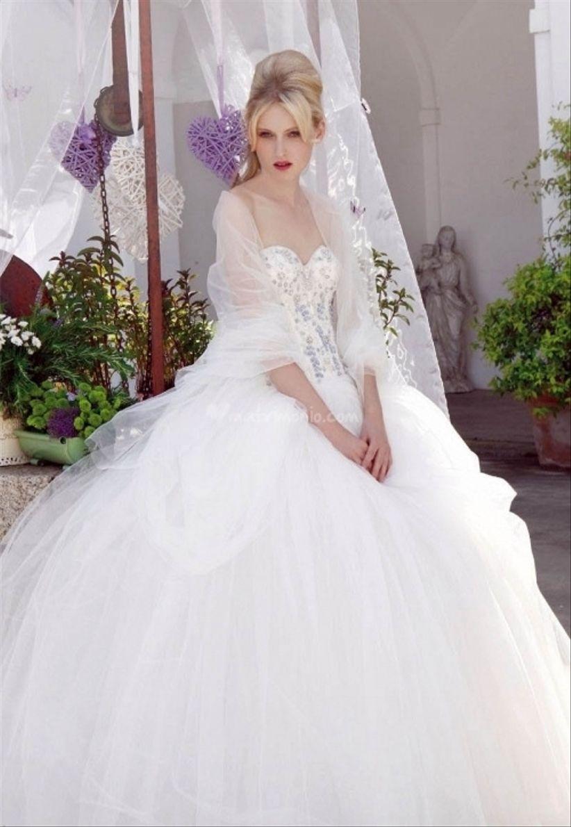 e616e524e2be 23 abiti da sposa 2013 stile principessa