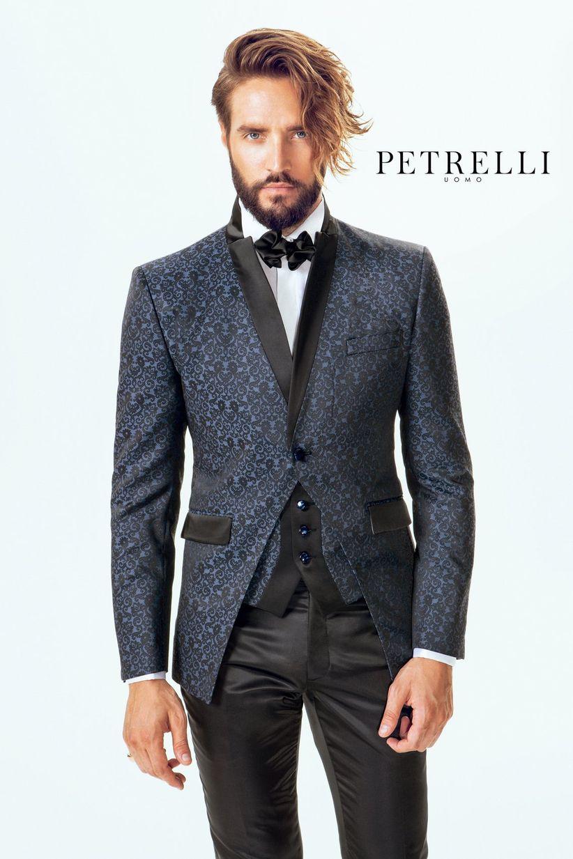 cea6c0a2d2bd 20 bellissimi abiti in damascato per lo sposo