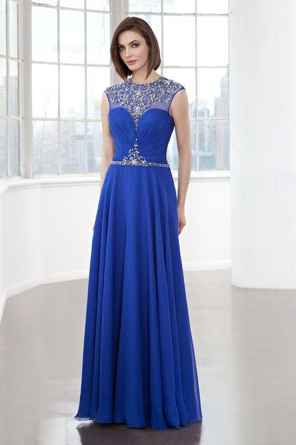 sports shoes 31cbd b6938 Colorate di blu il vostro look con questi 31 abiti per ...