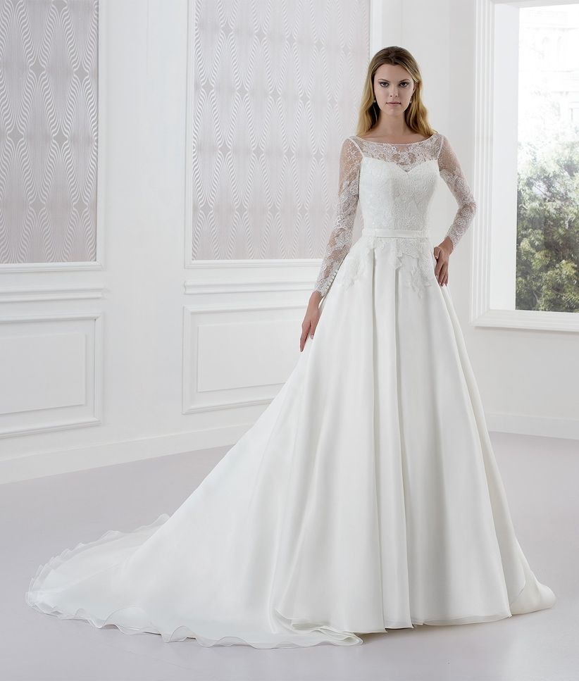 Famoso 65 bellissimi abiti da sposa invernali: per risplendere nonostante  SP29
