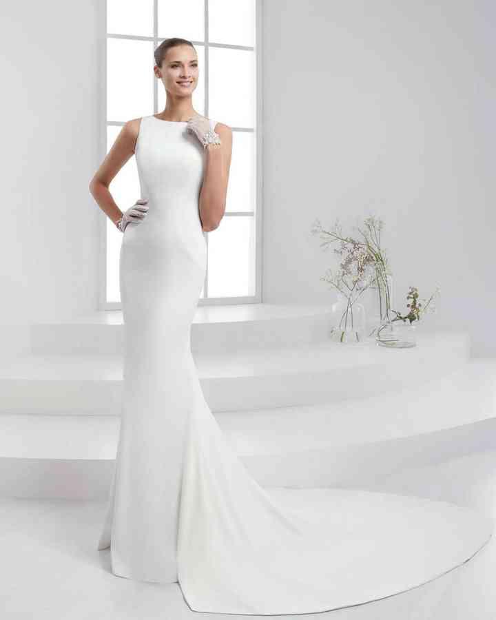 confrontare il prezzo nuova collezione Saldi 2019 La semplicità delle forme: 40 abiti con scollo a barchetta