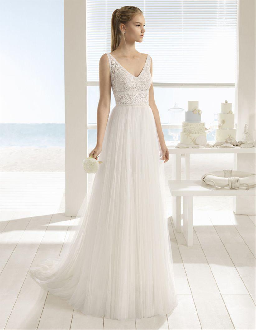 4e3963caeaeb Abiti da sposa Aire Barcelona e Aire Beach Wedding 2018  sensuali ...