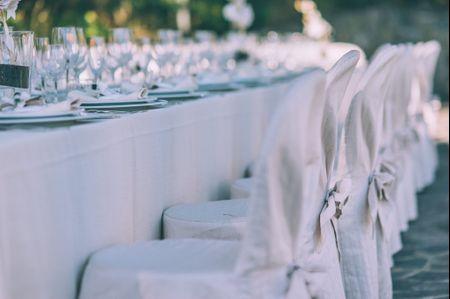 Idee coi fiocchi: i rivestimenti per le sedie del vostro ricevimento