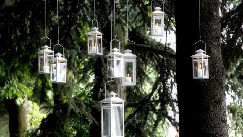 Idee per illuminare il ricevimento di nozze con romantiche luci