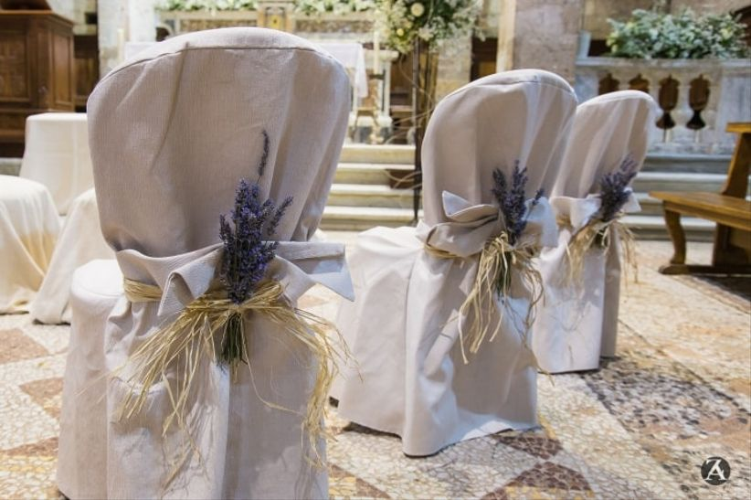 Le sedie pi belle per il vostro matrimonio scoprite come for Sedie particolari