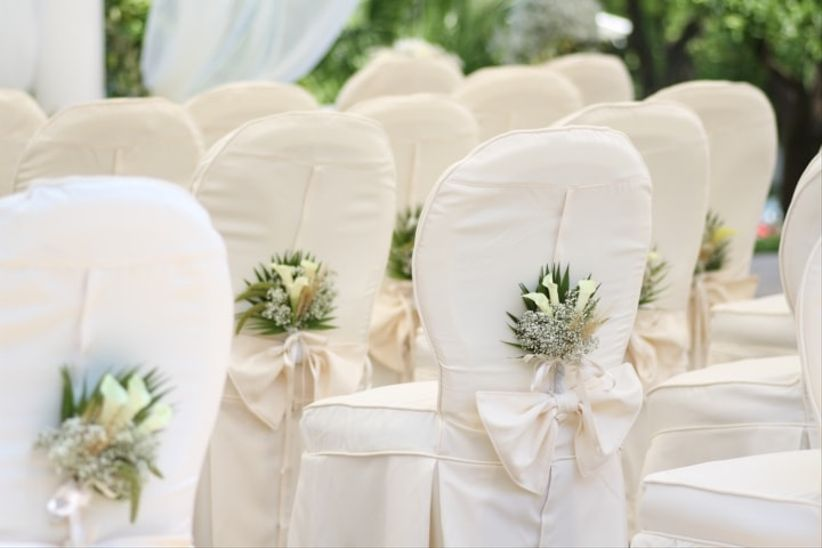 Sedie Decorate Fai Da Te : Le sedie più belle per il vostro matrimonio: scoprite come decorarle!