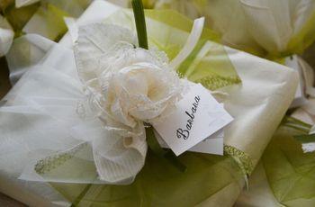 Bottiglia di vino come bomboniera di nozze - Idee regalo matrimonio testimoni ...