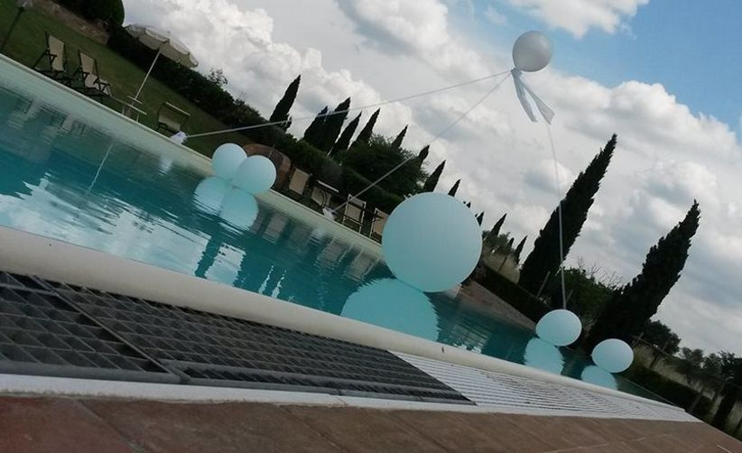 Decorazioni per matrimonio con palloncini for Decorazioni piscina