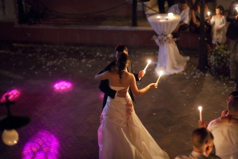 Testi per la cerimonia della luce - Gemelli diversi un altro ballo testo ...