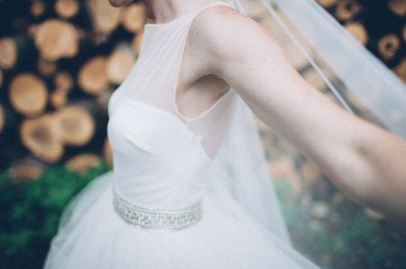 Cinture sul punto vita: il must di questi 30 abiti da sposa