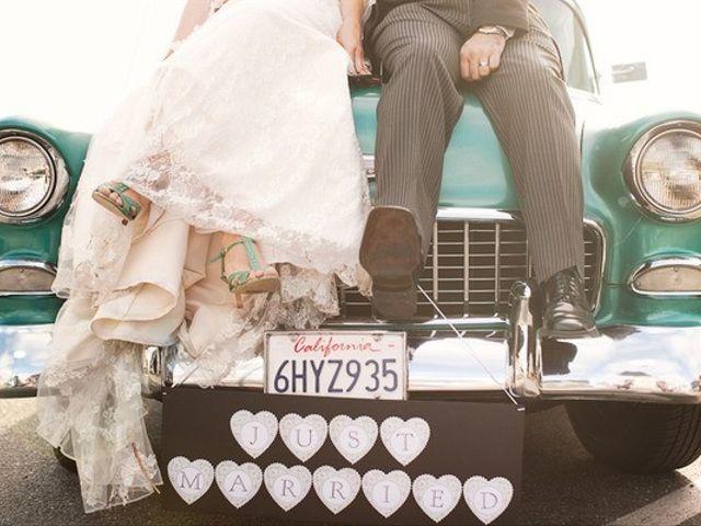 20 modi originali per decorare la macchina degli sposi