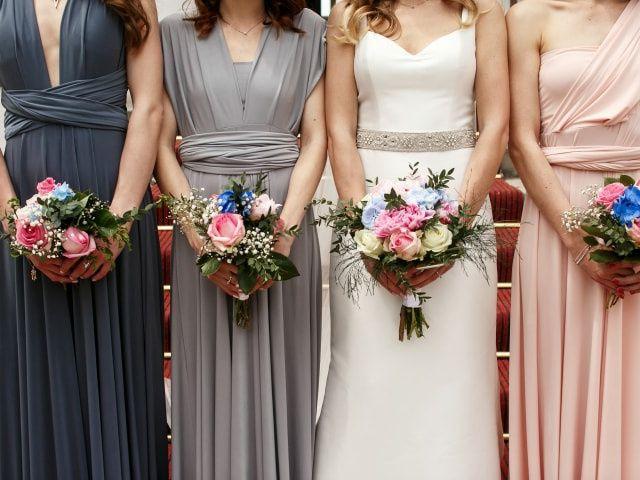 4 conversazioni da fare con le vostre damigelle d'onore prima delle nozze