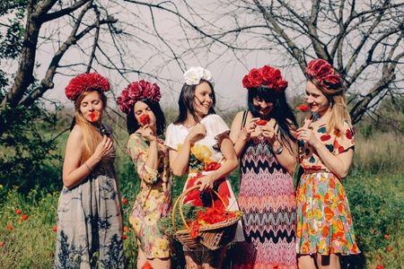 50 abiti da cerimonia con stampe floreali: mai più senza flower print!