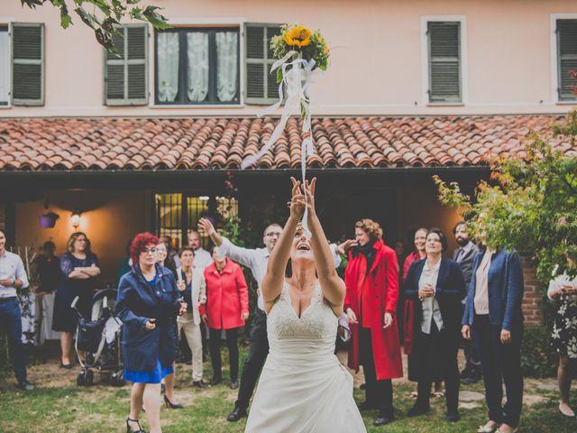 Tutti i segreti sul lancio del bouquet da sposa! Decorazioni per il  matrimonio ... 8a6eb3e4012
