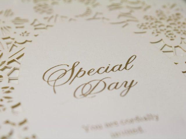 Partecipazioni di nozze Laser Cut: un matrimonio esclusivo si vede dall'invito!