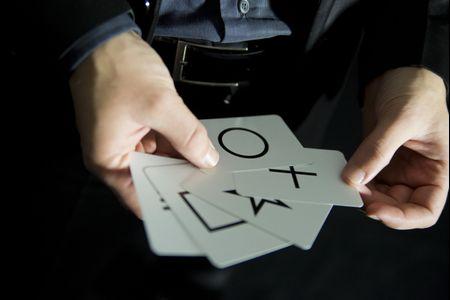 L'idea per intrattenere gli invitati che vi stupirà: provate un mentalista!