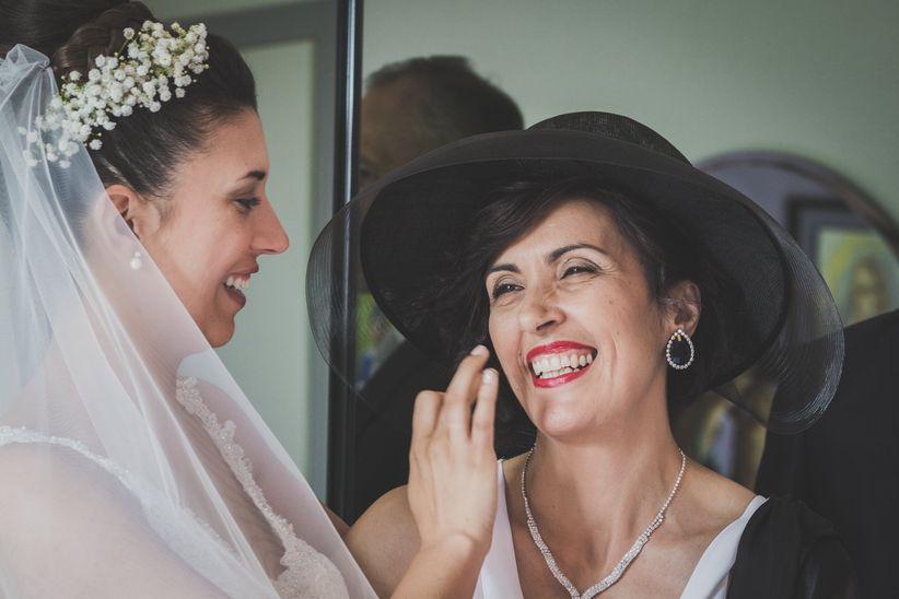 Auguri Matrimonio Mamma Sposa : Quale vestito per la mamma della sposa