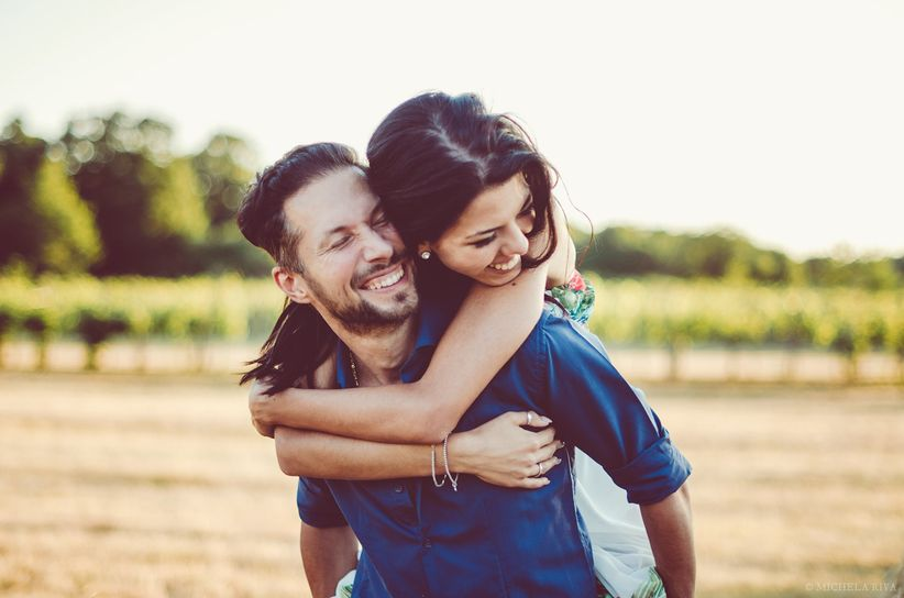 5762f5823 ... abito da sposa per iniziare un nuovo percorso con vostro marito. Le  giornate passate a scrivere le partecipazioni di matrimonio sono ormai  lontane, ...