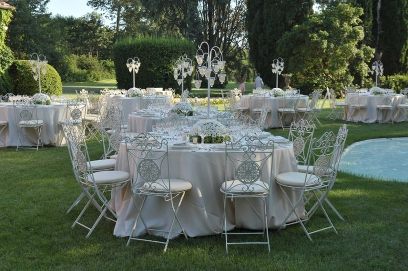 Sedie In Ferro Battuto Pieghevoli : Sedie per le nozze in tutti gli stili trovate il vostro