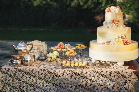 Buffet di dolci per matrimonio con un tocco vintage