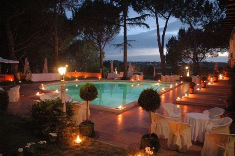 6 idee per illuminare il ricevimento di nozze con romantiche luci