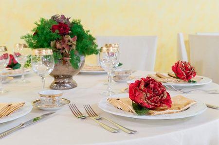 nozze come decorare il giorno speciale : consigli per decorare tavoli di nozze rotondi Di marialuisa sabatino ...