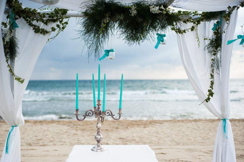 Matrimonio In Spiaggia Di Sera : Matrimonio sulla spiaggia di sera in