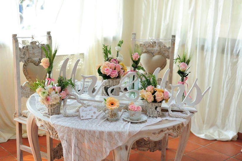 Matrimonio Country Chic Roma : Idee per la decorazione del tavolo degli sposi